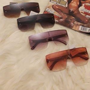 Accessories - 🆕️ Oversized Square Shield Fashion😎 Sunglasses